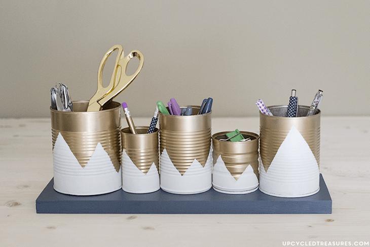 Ideas geniales para organizar tu escritorio - latas