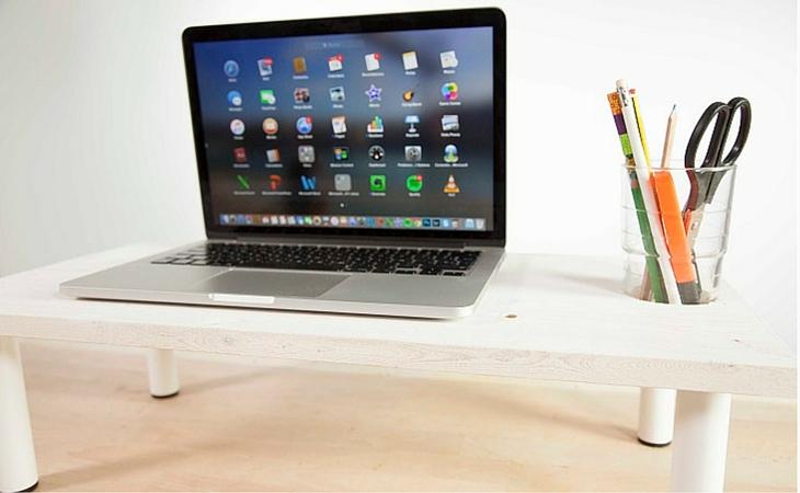 Ideas geniales para organizar tu escritorio - soporte para el ordenador