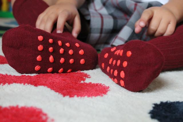 calcetines antideslizantes DIY