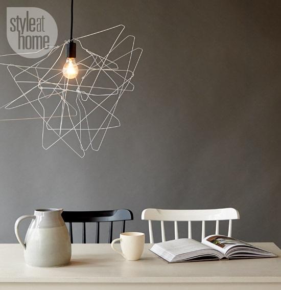 lampara diy con perchas - Handfie DIY