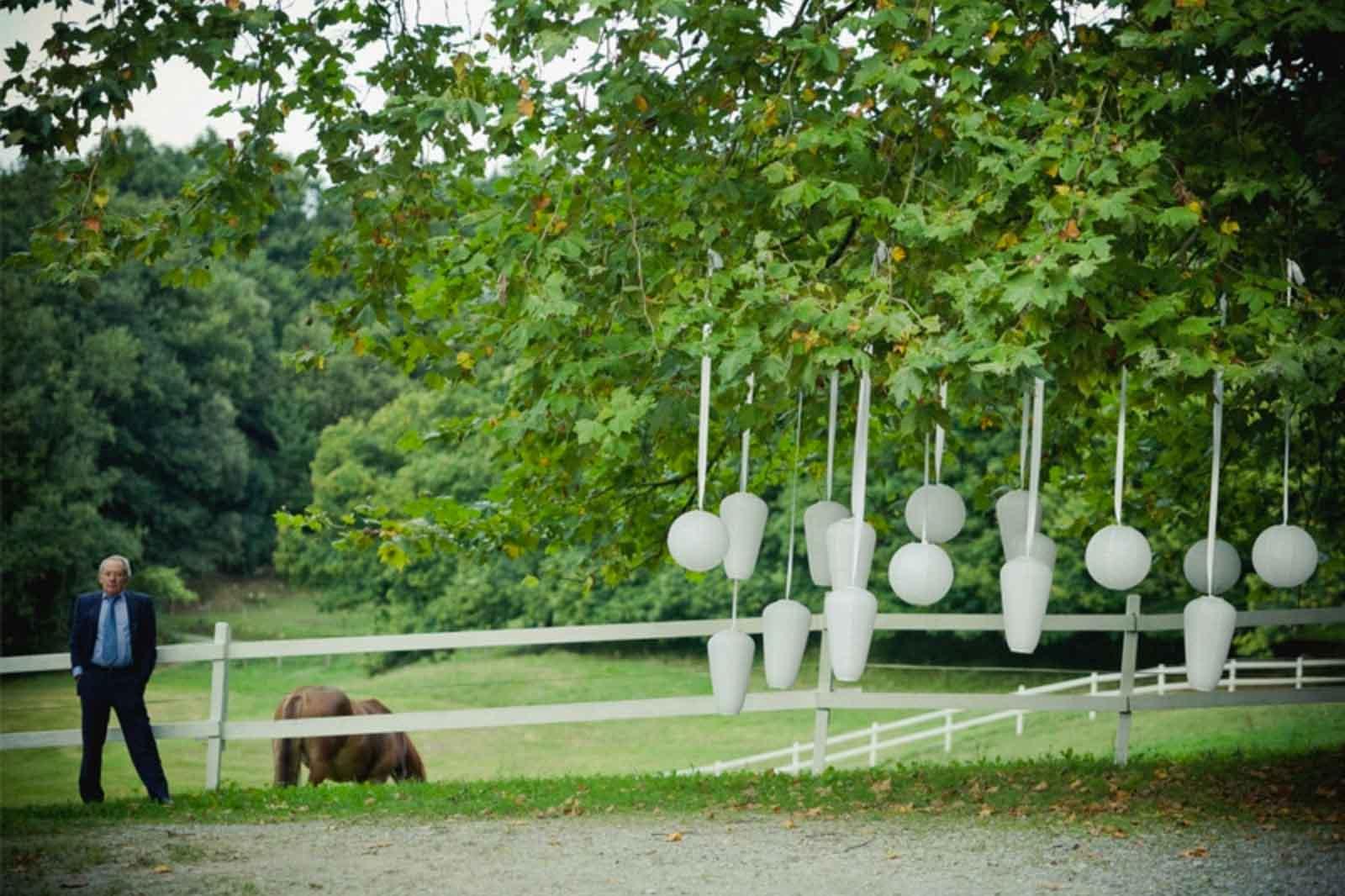 Decoración en los árboles DIY Bauskain