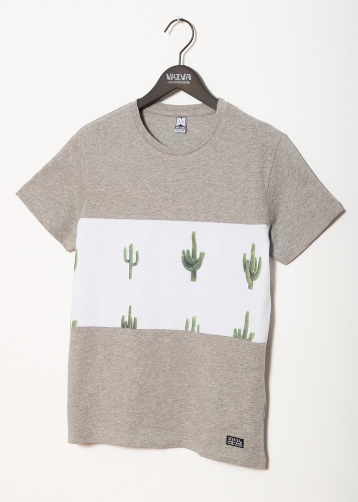 Camiseta con detalle de cactus
