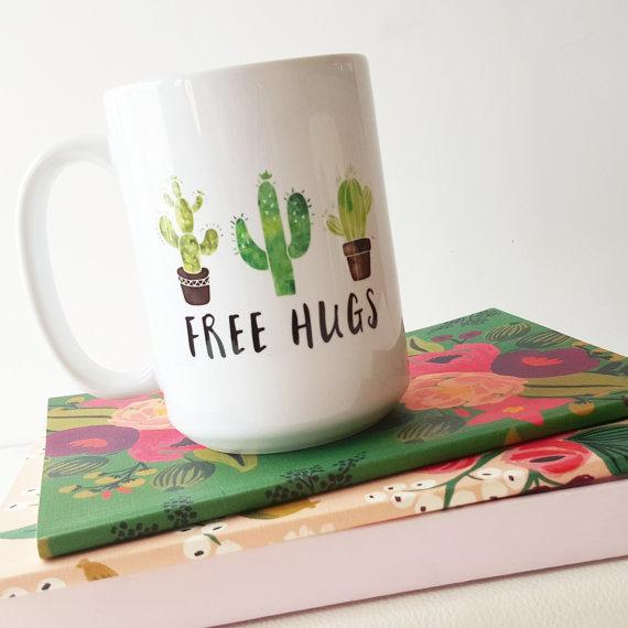 Taza con cactus pintados