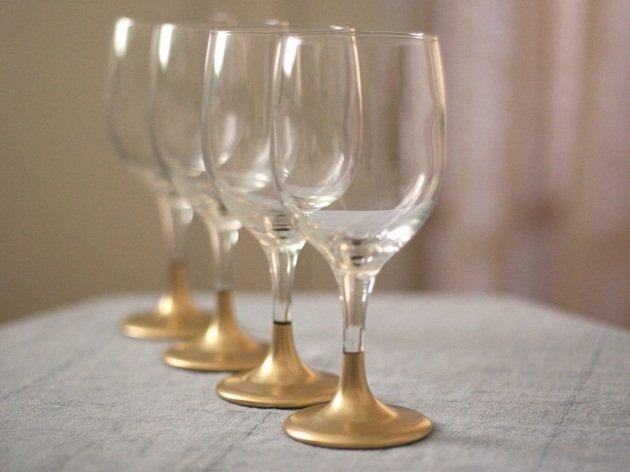 Copas doradas decoradas con pintura