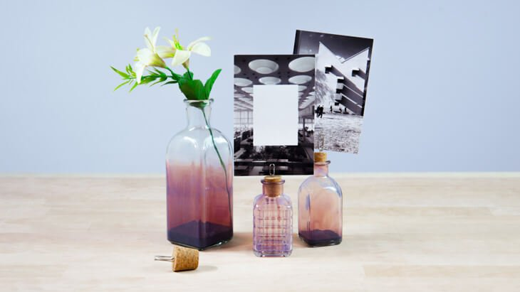 Portafotos con botellas de cristal