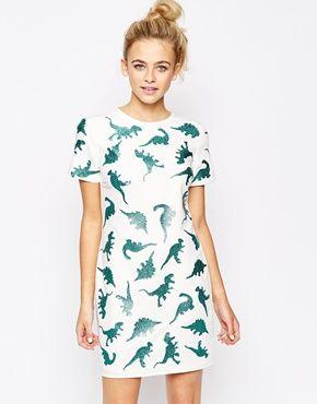 Customiza tu vestido básico con estampado personalizado de animales
