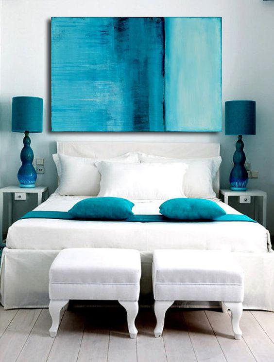 Habitacion gris y turquesa combinado con blancos y grises for Habitacion azul turquesa