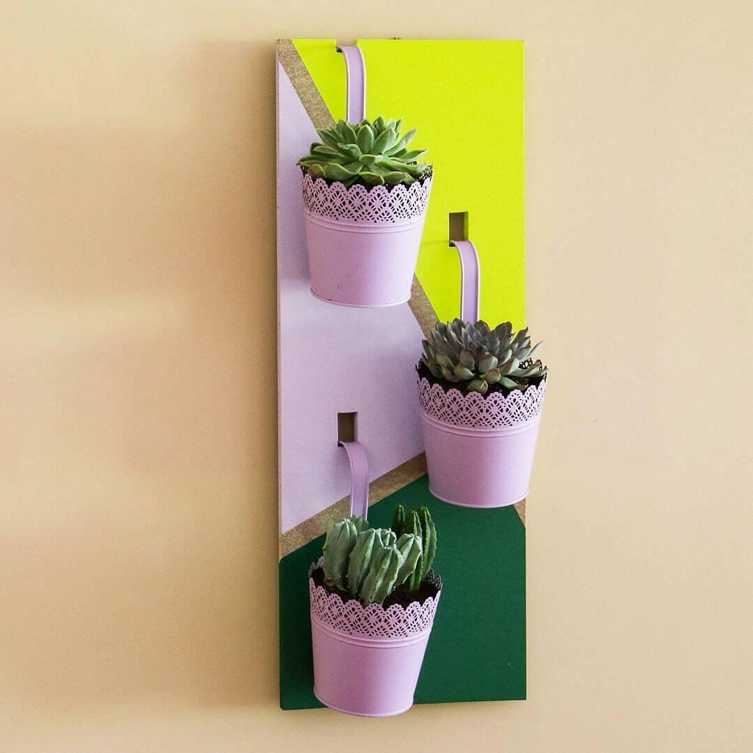 C mo hacer un jard n vertical handfie diy for Jardin vertical de fieltro en formato kit