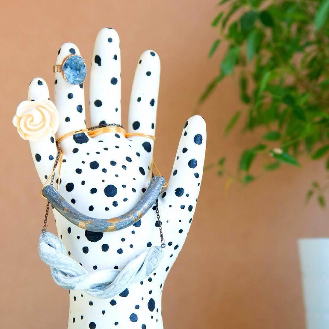 Joyero diy de yeso en forma de mano handfie diy for Cuartos decorados con yeso