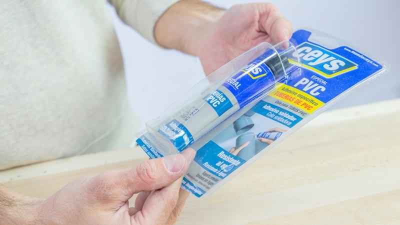 Adhesivo tubos PVC