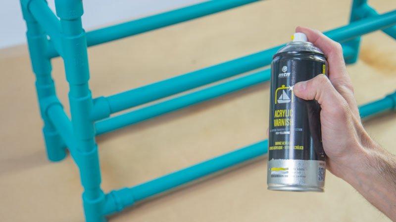 Materiales para zapateros barniz acrlico en spray monta for Armario zapatero pvc