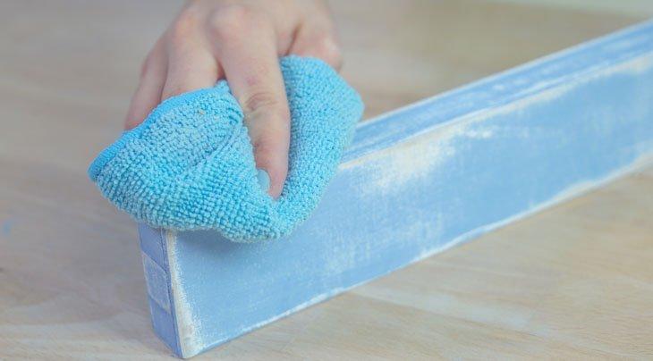 Limpiar con un trapo para eliminar el polvo