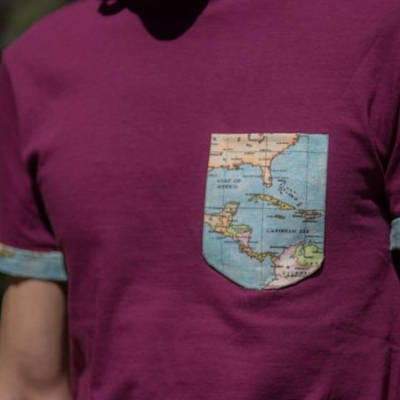 Ideas para customizar camisetas para el verano