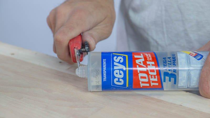 Adhesivo sellador