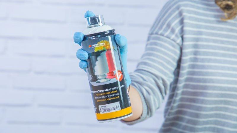 Imprimación base blanca en spray