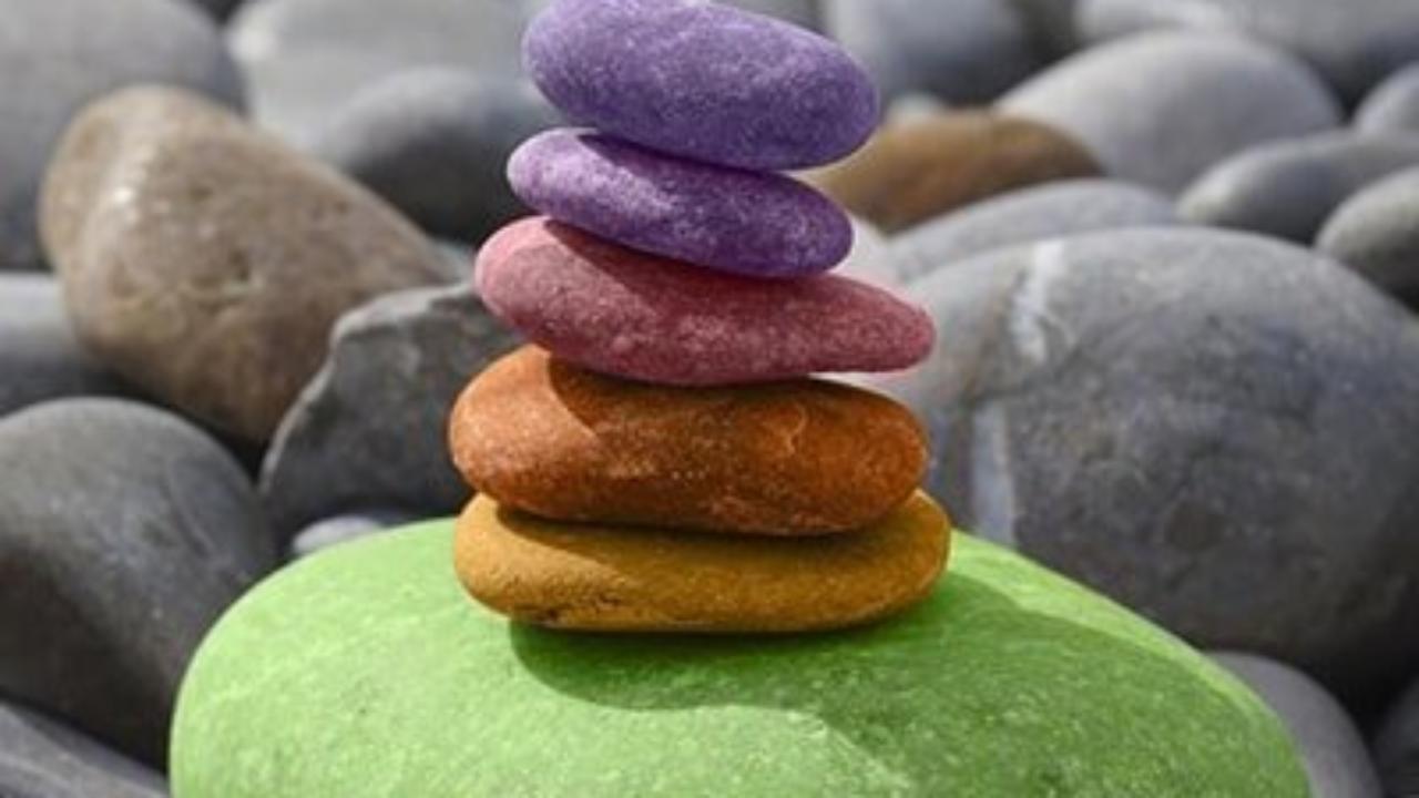 Manualidades Fáciles Con Piedras Decoración Natural Y