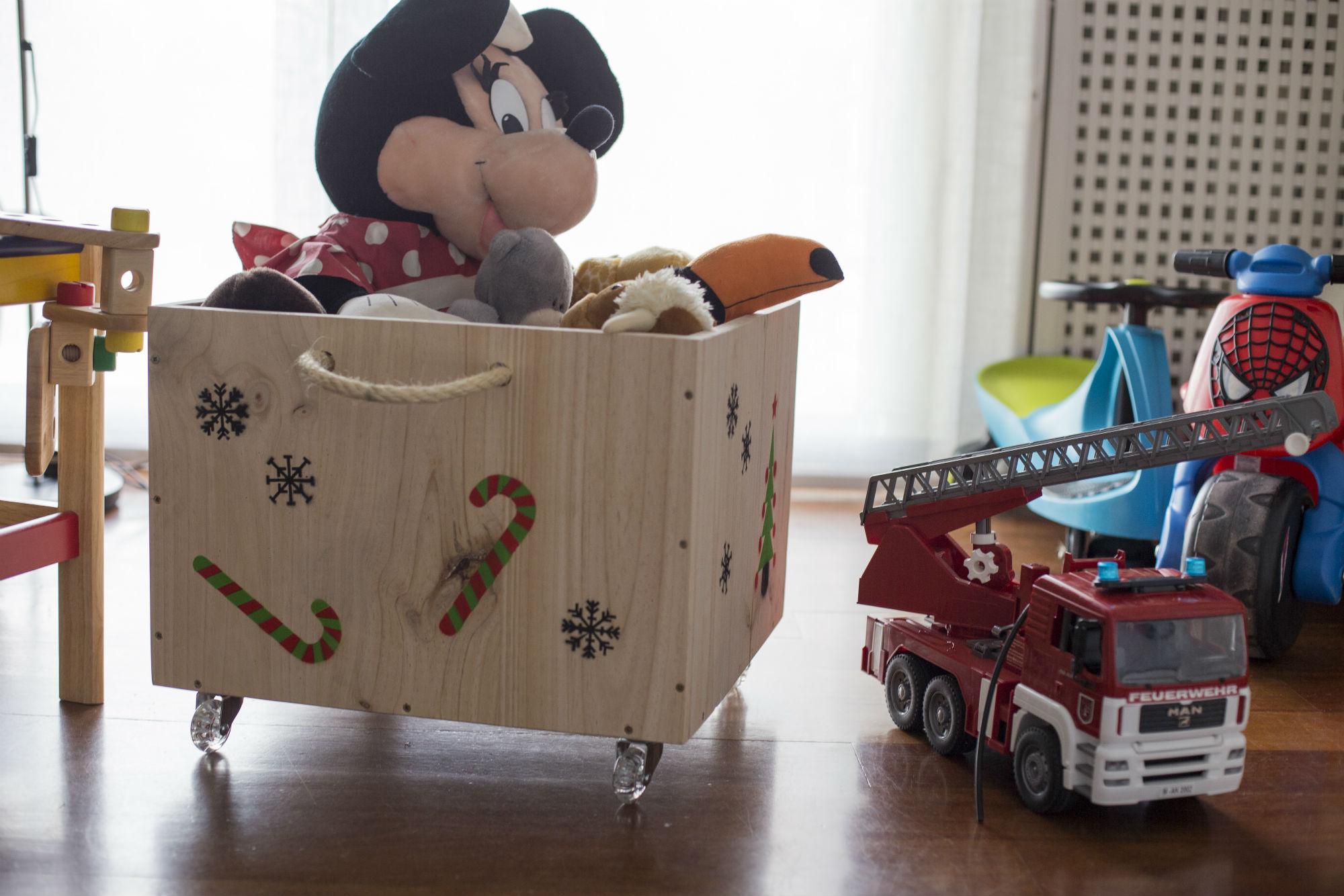 Caja juguetes handfie diy - Cajas de madera para guardar juguetes ...