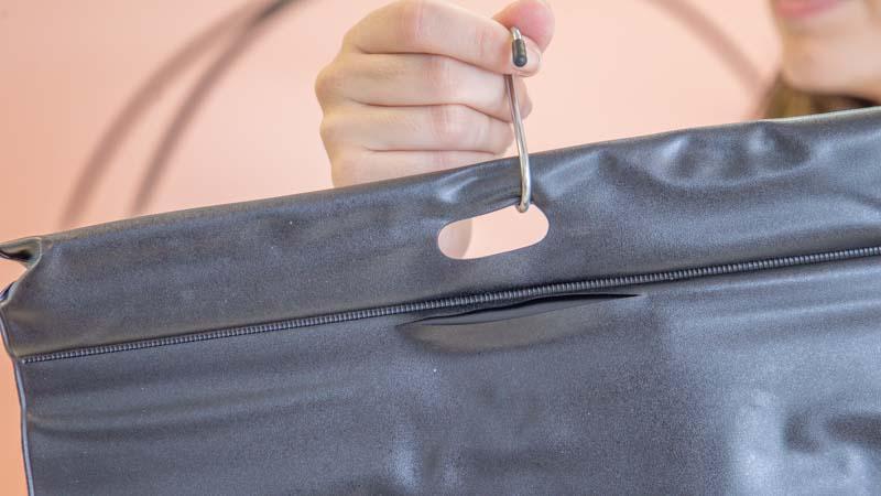 Montaje de la bolsa de riego