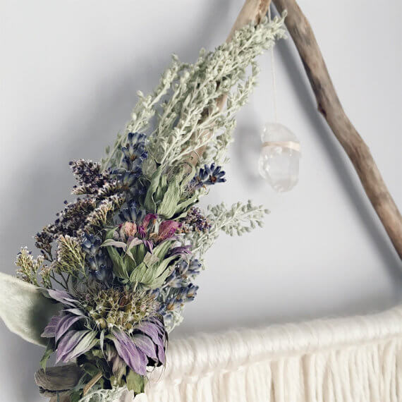 15 ideas diy para hacer con flores secas handfie diy - Plantas secas decoracion ...