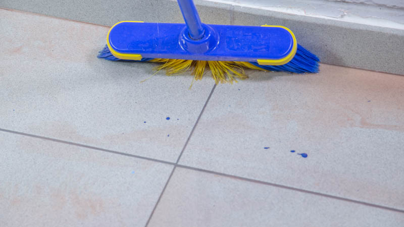 C mo limpiar manchas de pintura del suelo handfie diy - Pintura de suelo ...