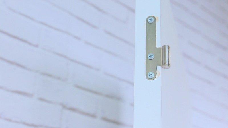 C mo montar una puerta con tornillos tirafondos handfie diy for Como montar una puerta