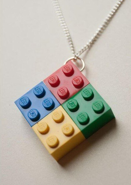 Decora con piezas lego 20 ideas manualidades con lego for Ideas para piezas