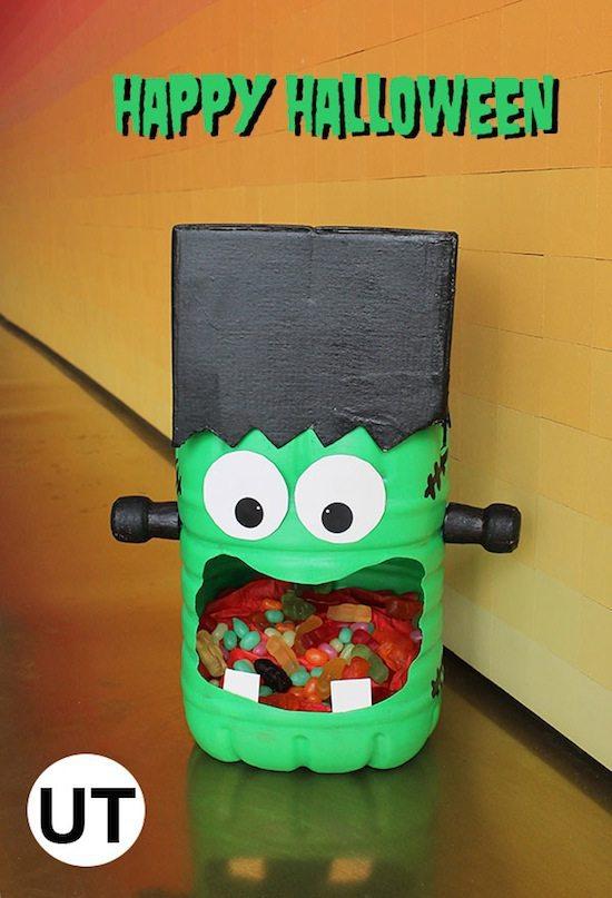 monstruo_plastico_reciclado_halloween