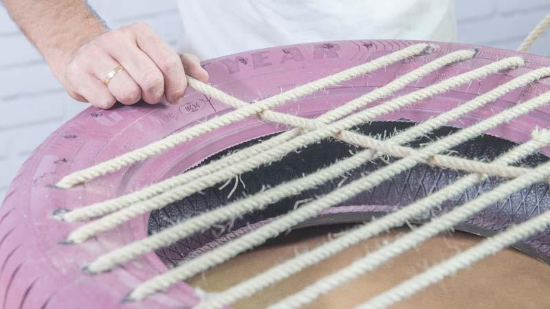 Colocación de la cuerda para formar el asiento