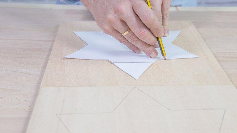 Dibujo de la estrella sobre la madera