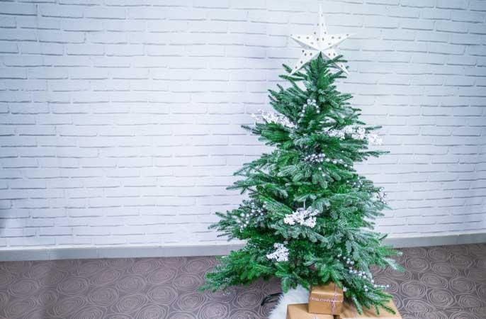 Árbol de Navidad monocromo