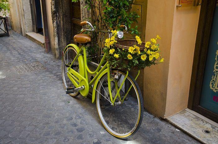 Decora y recicla ruedas de bicicleta