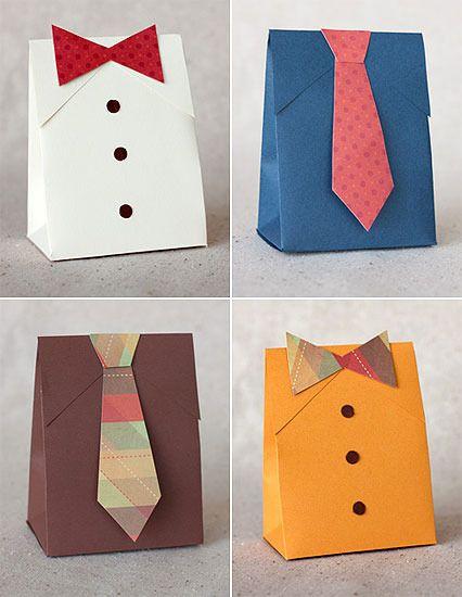 Envoltorio para regalo con corbata
