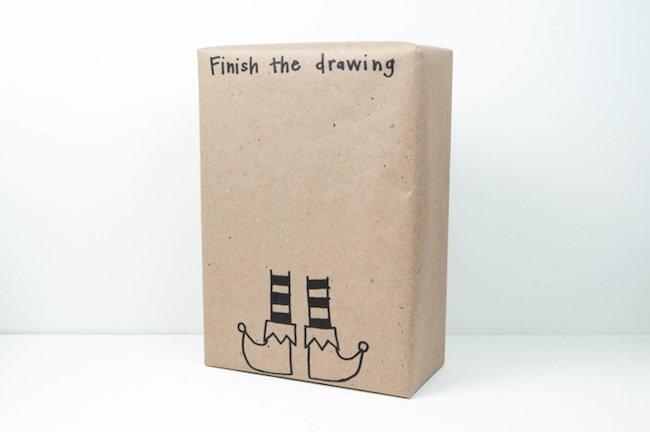 12 ideas originales para envolver regalos esta navidad - Envolver libros de forma original ...