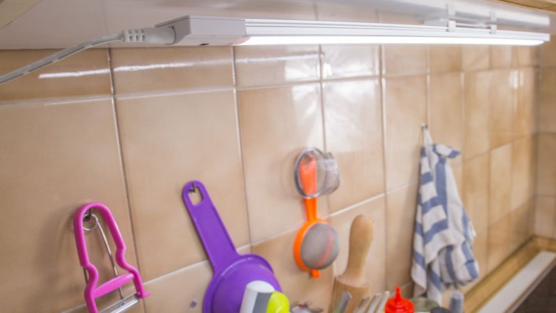 Luz automática en la cocina