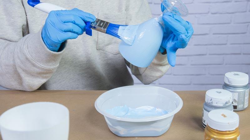 Paletina pintando las copas
