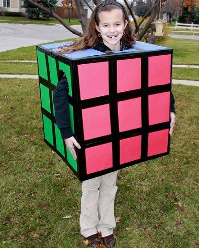 Disfraces caseros para niños: cubo de rubik