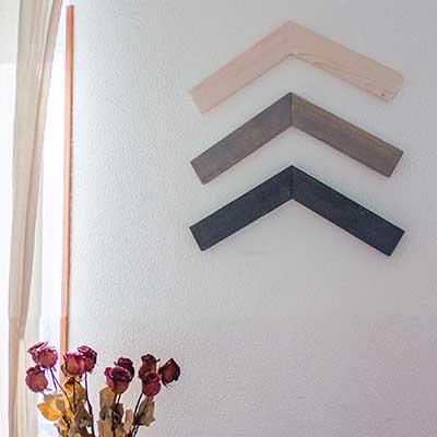 Adorno geométrico de madera para la pared