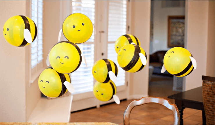 Abejas decorativas con globos