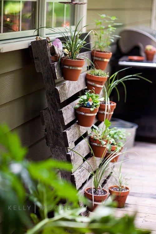 Muebles con palets - jardín vertical