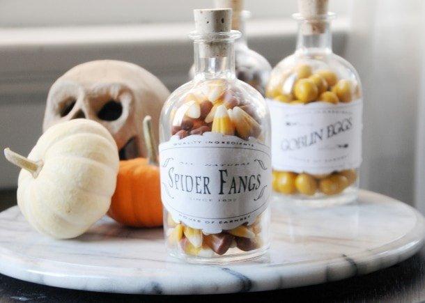 Botella reciclada para decorar en Halloween