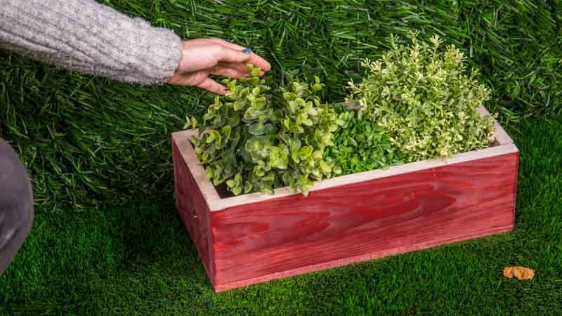 Cmo hacer una jardinera de madera para tus plantas Handfie DIY