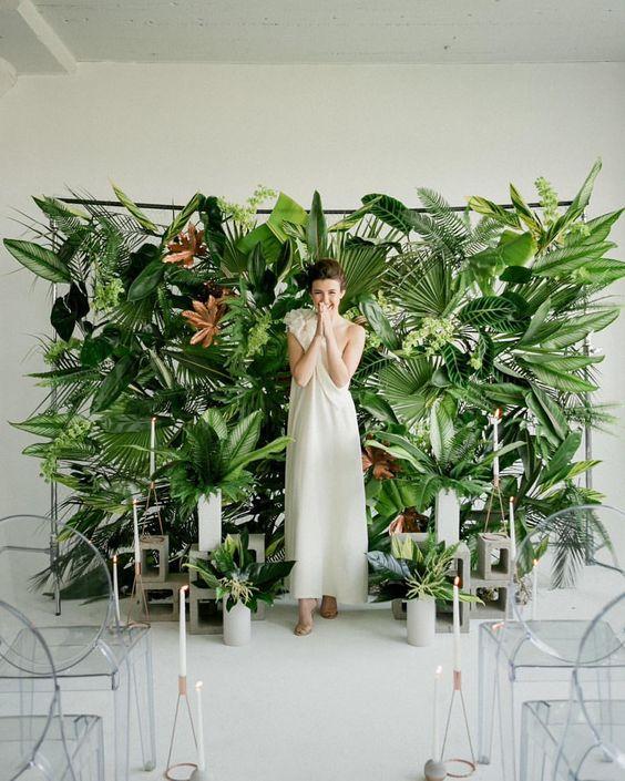 manualidades-para-boda-photocall-de-plantas-verdesl