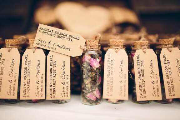 Tarritos de té para regalar en una boda