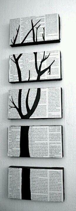 Cuadro vertical hecho con papel de periódico