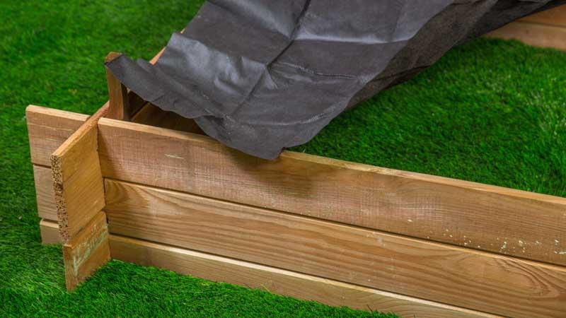 Instalación suelo huerto urbano seed kit de Catral