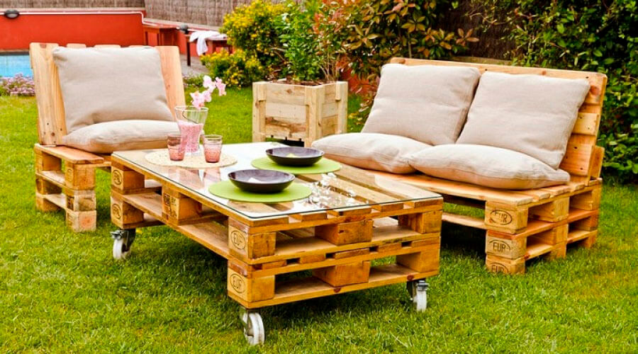 ideas_para_decorar_el_jardin_con_pales