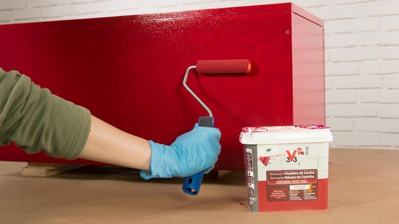 Cómo pintar un mueble lacado de cocina