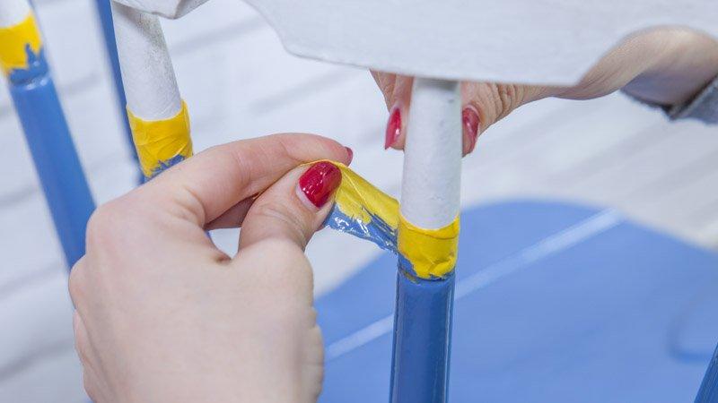 Cambio de la cinta de carrocero para pintar otra parte de la silla