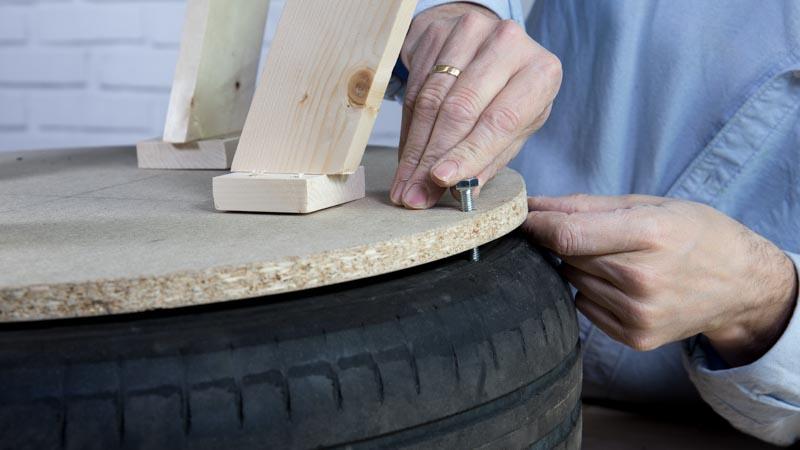 Fijación de las patas al neumático