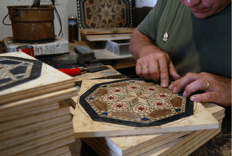Artesanía de taracea en Granada